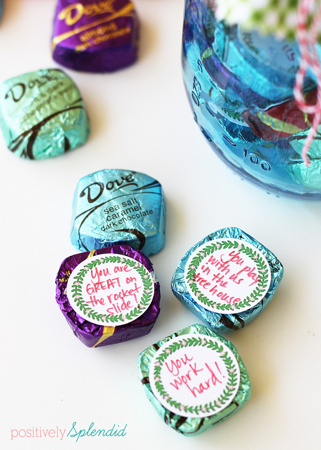 Use these free tags to write special notes of appreciation to Mom and affix to Dove chocolates. Package in a pretty Mason jar. What a great idea! #SharetheDOVE