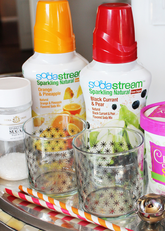 Sherbet spritzer recipe from Positively Splendid. Perfect for easy entertaining! #SodaStream