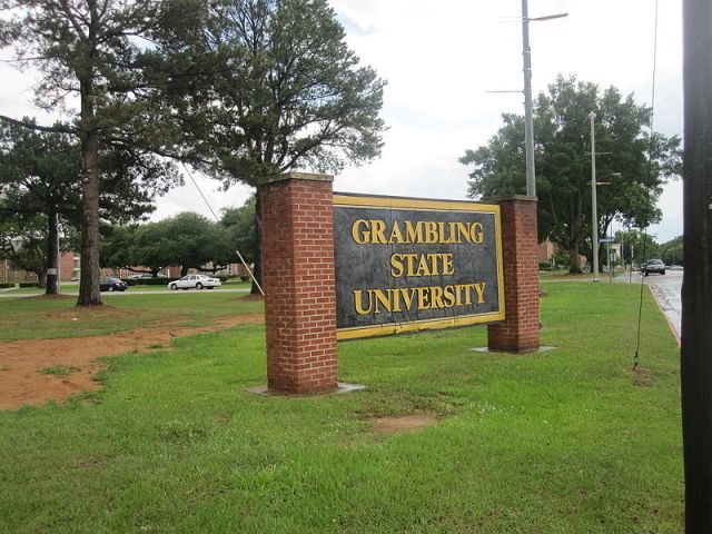 800px-Grambling_State_University_sign_IMG_3645