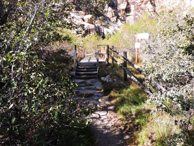 lost-creek-canyon-trail-boardwalk-05