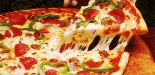 Insolite:Une pizza livrée dans une boîte en… pizza!