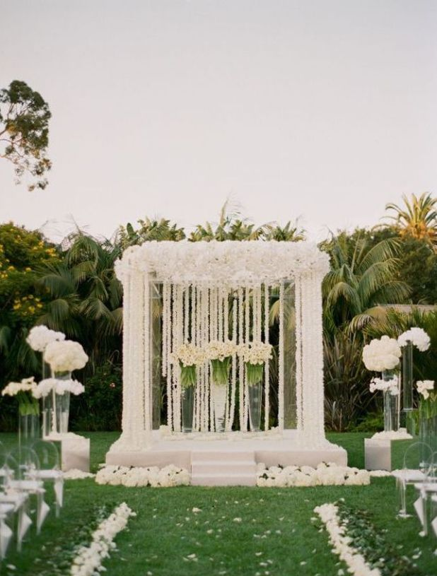 Nigerian-outside-wedding-decoration-ideas-191 +5 Tips to Decorate Your Outdoor Wedding