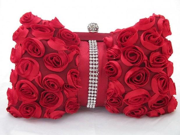 Bridal-Handbags-One-hundred-rose-evening-bag-diamond-female-handbag-Bridal-Bags-Evening-Bags-feast-images-Bridalbags-bridalhandbags037_1 50 Fabulous & Elegant Evening Handbags and Purses