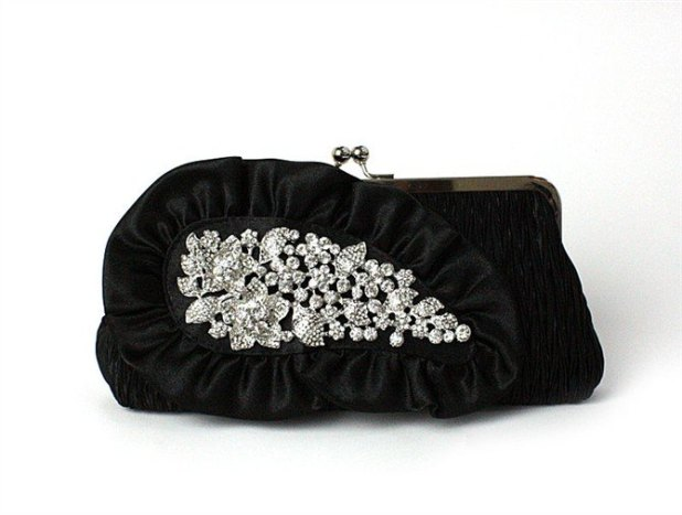 embroided-black-clutch 50 Fabulous & Elegant Evening Handbags and Purses