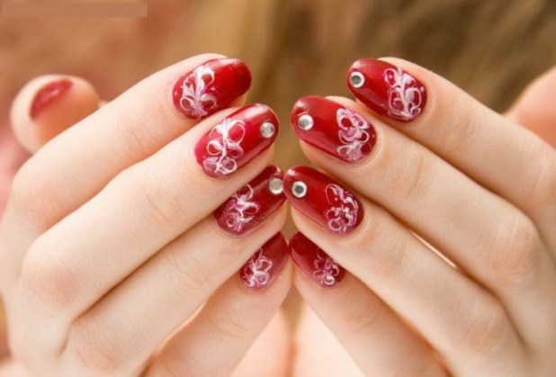 beautiful-easy-red-white-color-nail-art-design-2013-2014 What Are the Latest Beauty Trends for 2014?