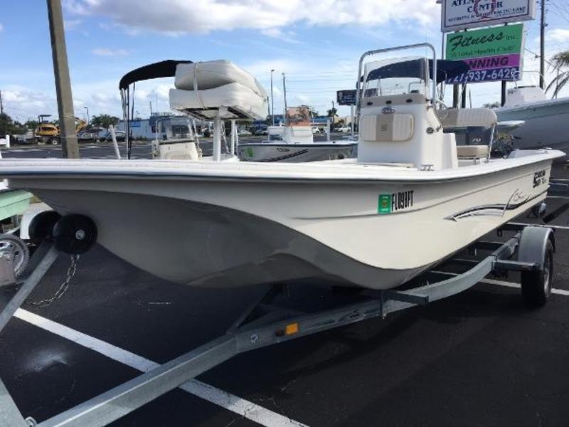 2014 Carolina Skiff JVX 20 powerboat for sale in Florida