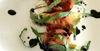 Avocado Chicken Caprese Salad Recipe