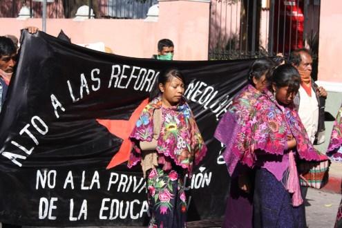 Chiapas: Desplazados de Xulvó, inician plantón indefnido en exigencia de justicia y retorno.