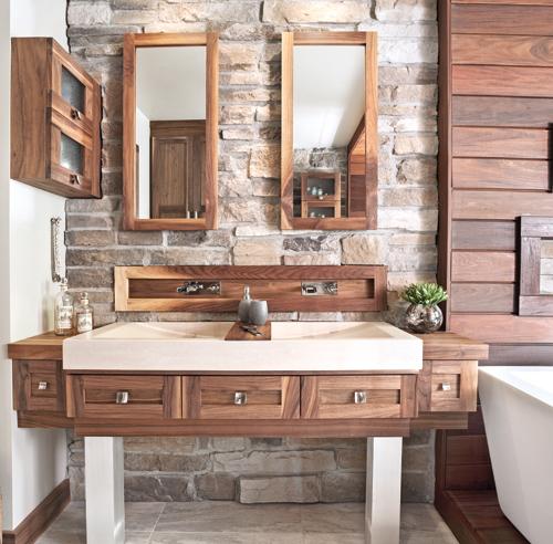 Salle de bain rustique tout de pierre et de bois - Salle de bain