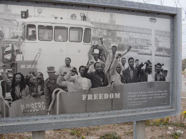 Painel da liberdade na Robben Island