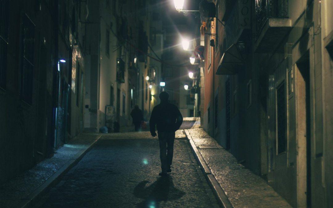 5 Principles of Situational Awareness While Traveling