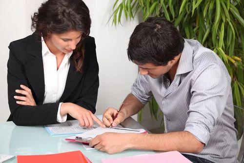 accroche cv assistante administrative