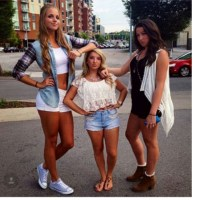 BENEFITS OF BEING A TALL LADY