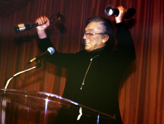 Robert Evans, 6th Satellite Awards, 2002