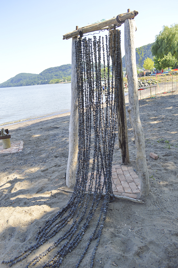 sculpture by Greg Moson and Rebecca Siracusa - outdoor sculpture Emeline Park Haverstraw, NY.