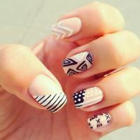 16 Creative Mismatched Nail Art Designs - Pretty Designs