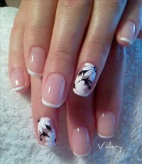 25 Trendy & Classy French Manicure Ideas - Pretty Designs
