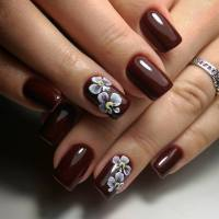 Brown Nail Art
