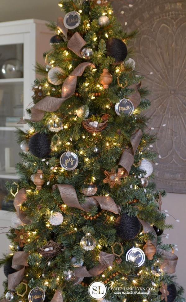 Myra Tan (manex10) on Pinterest - decorative christmas trees