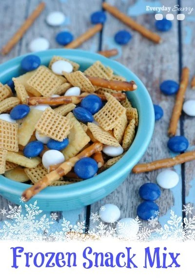 Frozen Snack Mix Party Favor | Budget Birthday Favors via Pretty My Party