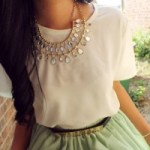 How to Wear Statement Jewelry