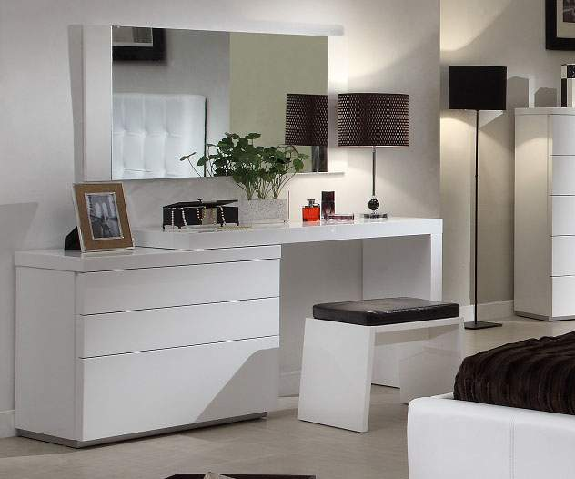 White Gloss Finish Clean Design Dresser with a Matching Stool Prime