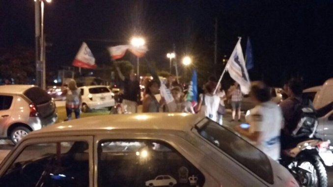 Protesta en la casa de Vidal