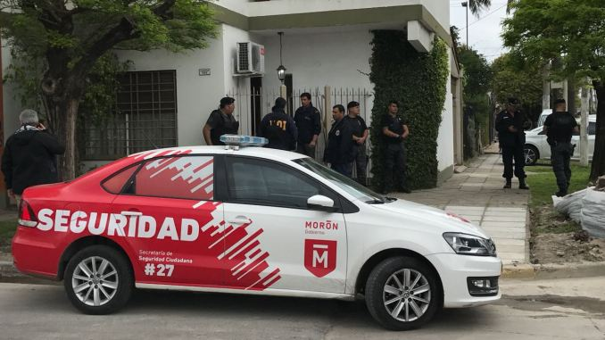 Detención por amenazas de bomba