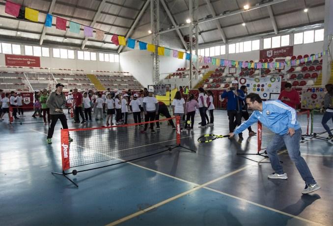 Clínica de tenis en Morón
