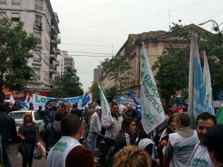 Bancarios marchan a Legislatura