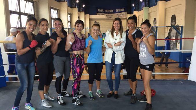 Mujeres boxeadoras