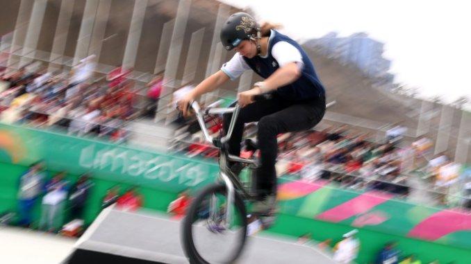 Agustina Roth: la bahiense es una joven promesa del BMX freestyle femenino