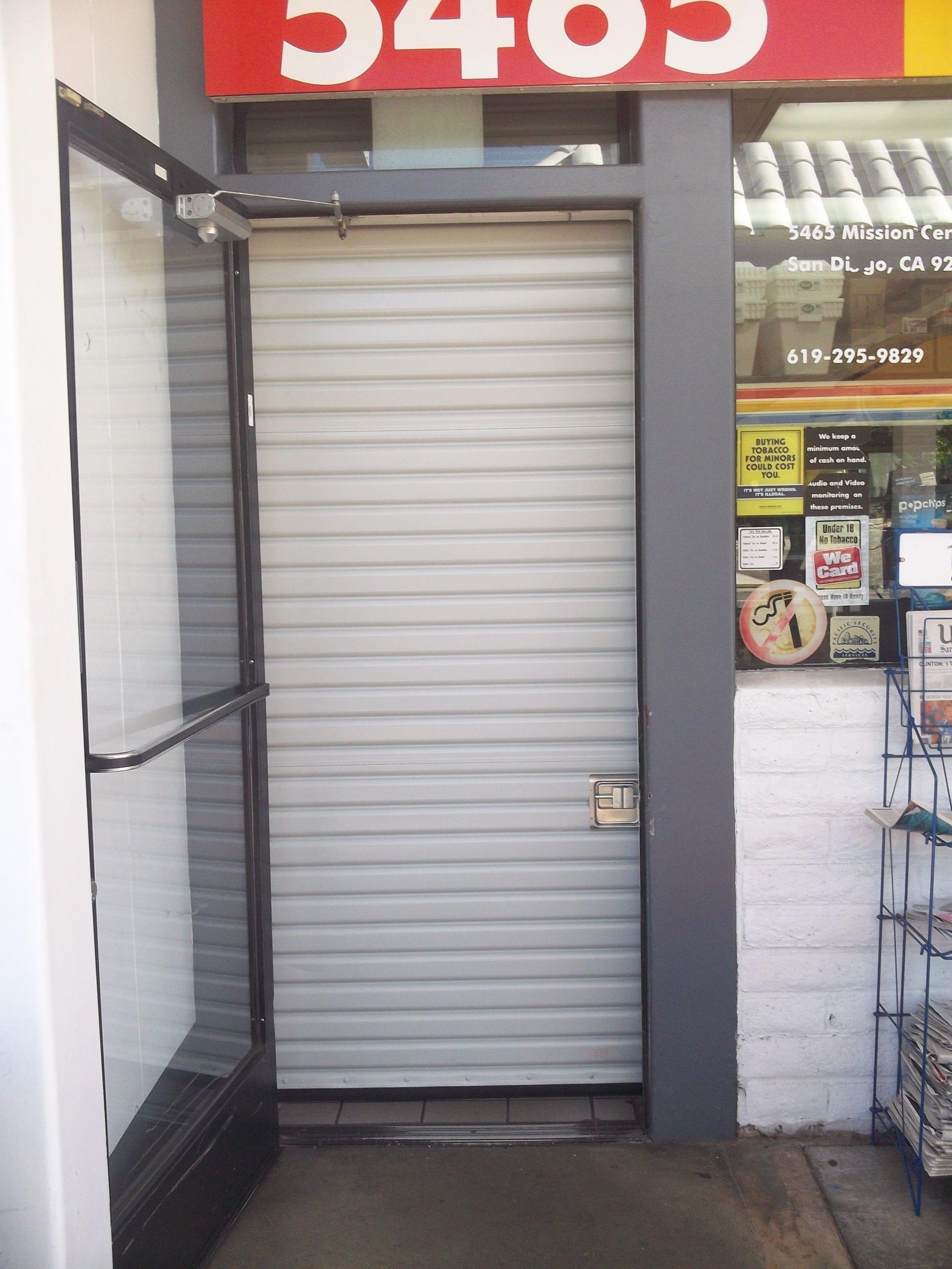 Rolling steel doors roll up doors