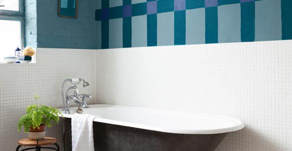Peindre le carrelage d\u0027une salle de bain Conseils et Astuces - Repeindre Du Carrelage De Salle De Bain