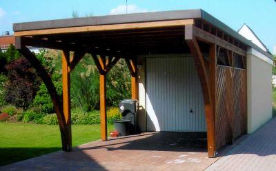 Garagenrampe.de berät telefonisch: Nachbarrecht und Baurecht für Fertiggaragen