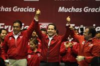 Eruviel anuncia su victoria. Foto: Benjamin Flores