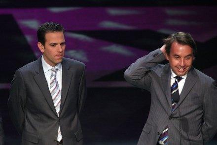 El conductor Carlos Loret de Mola y el dueño de Televisa, Emilio Azcárraga. Foto: Octavio Gómez