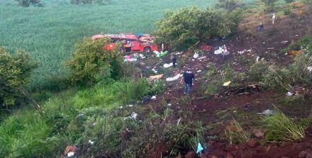 La caída del autobús en Nayarit. Foto: Especial