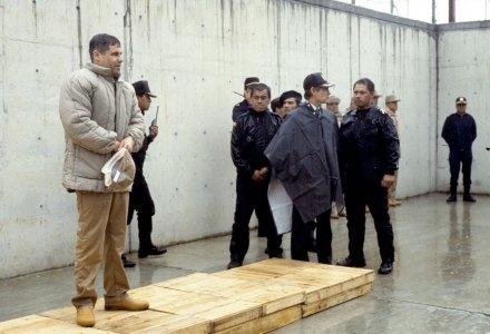 El Chapo, después de su captura, en el penal de Puente Grande. Foto: Benjamin Flores