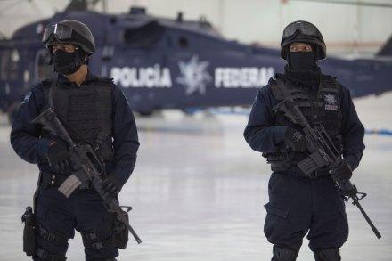 Policía Federal. Excesos. Foto: Miguel Dimayuga