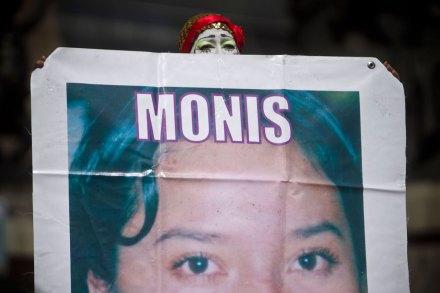 Familiares de niños desaparecidos protestan en el Ángel. Foto: Xinhua / Rodrigo Oropeza