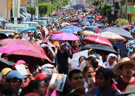 Maestros marchan contra la reforma educativa en Guerrero. Foto: José Luis de la Cruz