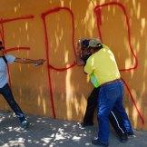 Oaxaca. Anarquistas irrumpen en bancos y comercios. Foto: José Luis de la Cruz