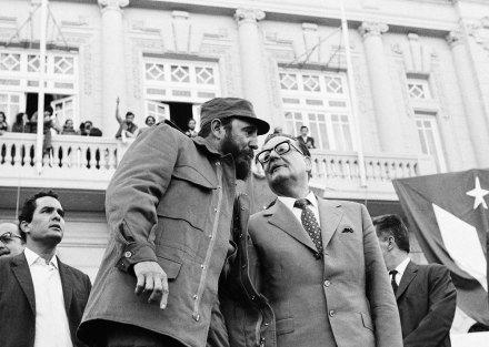 Fidel e Allende.  Diálogos.  Foto: AP