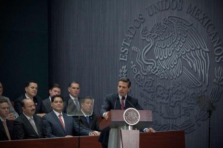 Peña durante la presentación de la reforma hacendaria. Foto: Xinhua