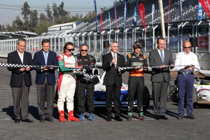 Con obra inconclusa reinauguran el aut dromo hermanos for Puerta 2 autodromo hermanos rodriguez
