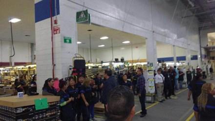 Trabajadores de Lexmark en Chihuahua. Foto: Especial