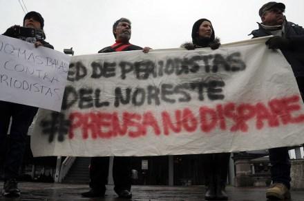 Periodistas de Monterrey protestan contra agresiones. Foto: Miguel Ángel Reyna