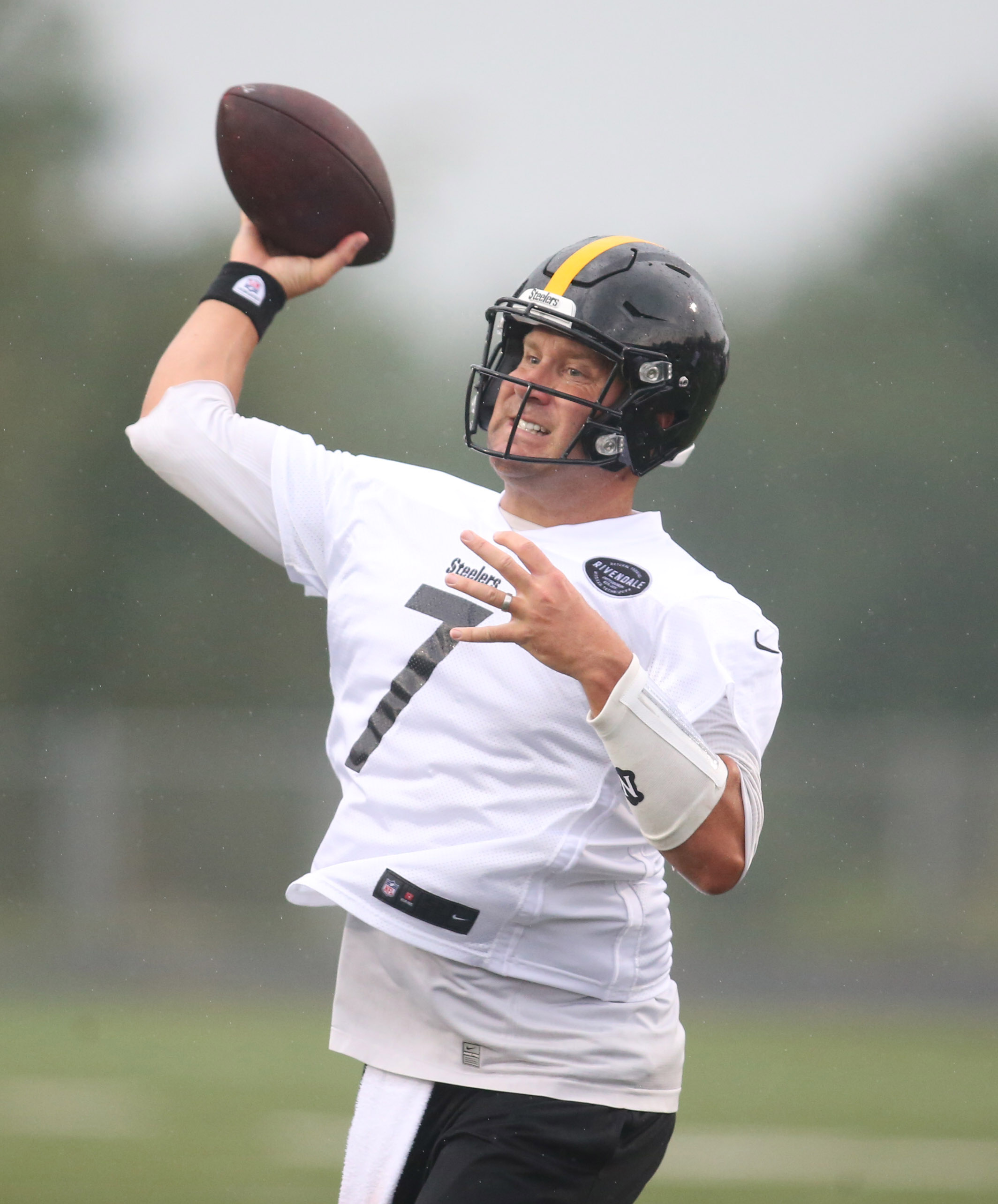Impeccable Time Although Ben Roethlisberger Wound Up Concussion Protocol His Steelers Quarterback Avoided Major Ben Roethlisberger Pro Football Rumors curbed Ben Roethlisberger House