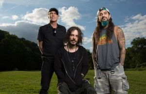 THE WINERY DOGS Are on Hiatus